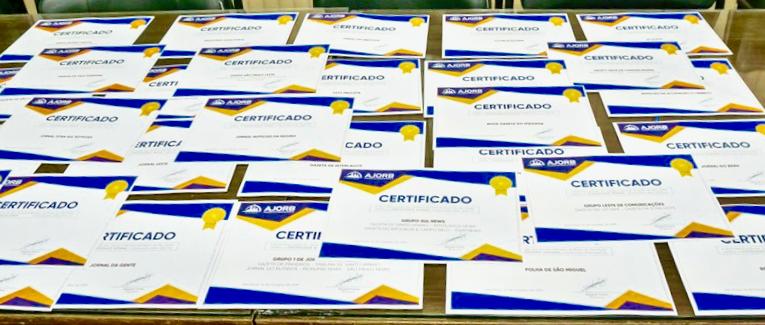 """Certificação de jornais de bairro foi """"momento histórico"""" da categoria"""